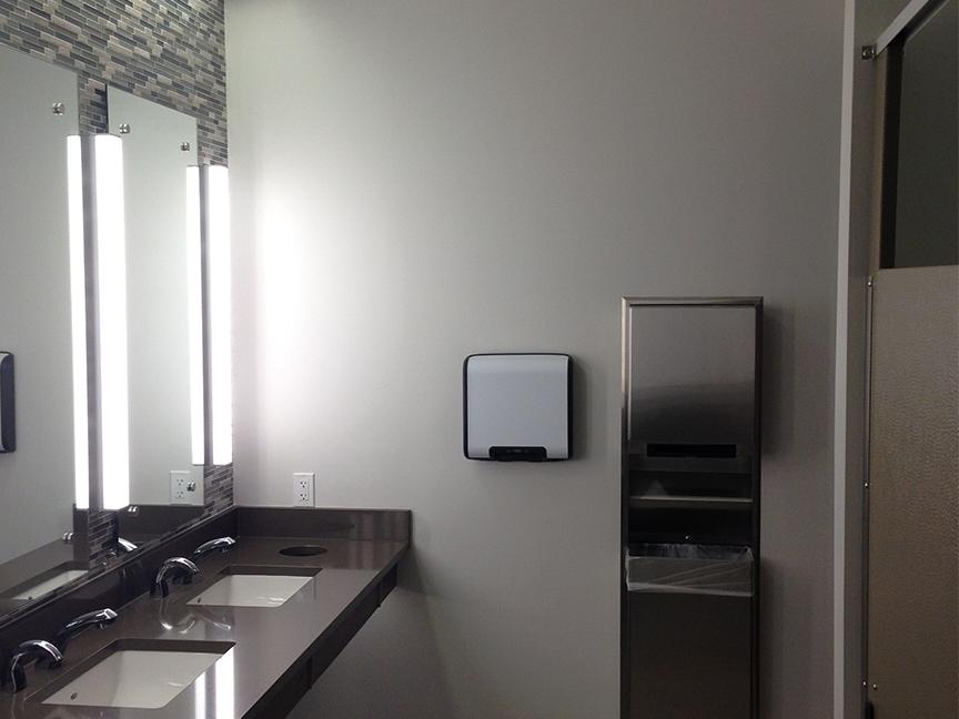 CFCU_0001_restroom