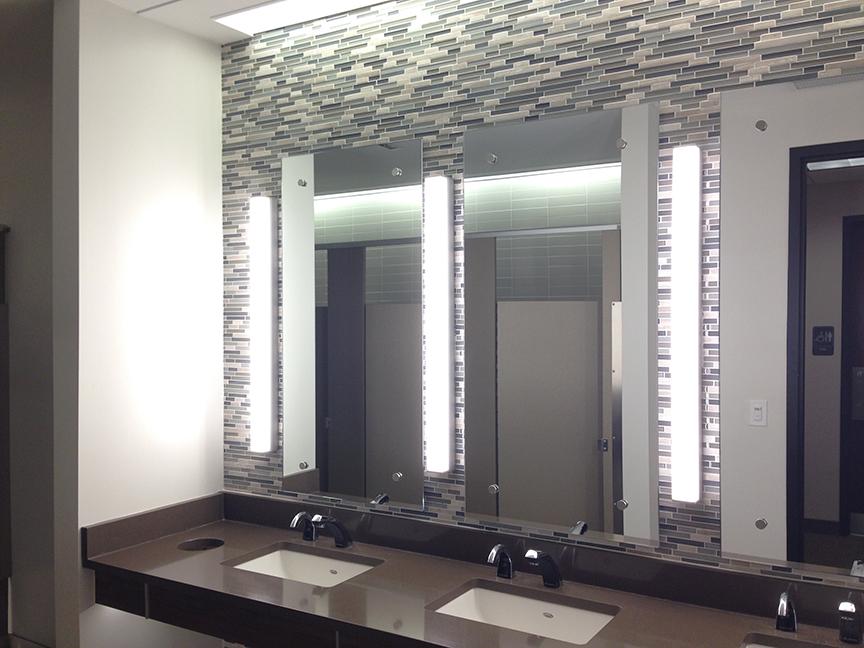 CFCU_0002_restroom