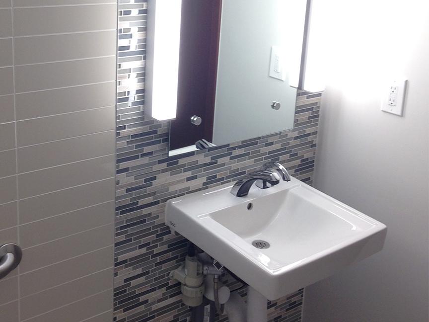 CFCU_0000_restroom