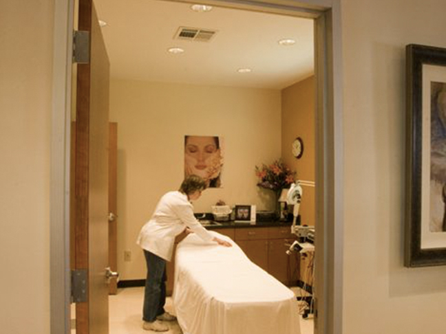 Cosmetic Surgery Clinic_0000_2015-10-02-22.28.24